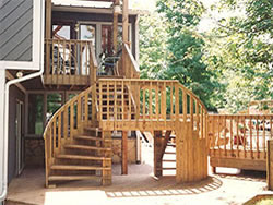 Winding Deck Staircase (Yard View)